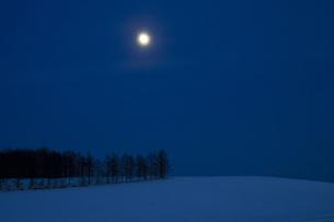 月夜の写真素材 [FYI00189149]
