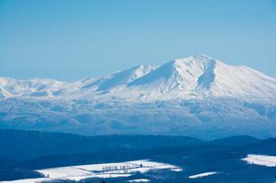 初冬の大雪山の写真素材 [FYI00189358]