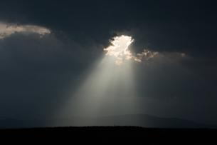 天使のはしごの写真素材 [FYI00189503]
