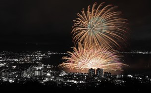 諏訪湖花火大会の写真素材 [FYI00189807]