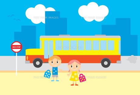 幼稚園 バスの素材 [FYI00189868]