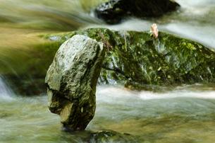 積まれた石の写真素材 [FYI00191832]
