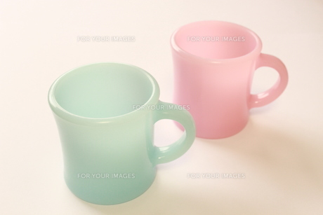 色違いカップの写真素材 [FYI00191854]
