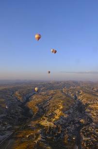 トルコ カッパドキア 気球からの写真素材 [FYI00192888]