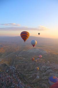 トルコ カッパドキア 気球からの写真素材 [FYI00192903]