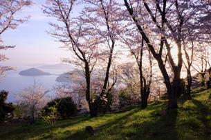 朝の紫雲出山の写真素材 [FYI00193129]
