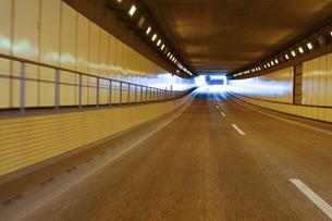 トンネルの中の写真素材 [FYI00193262]