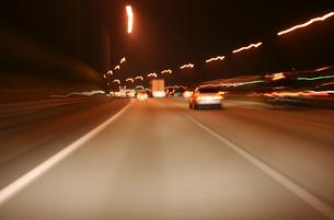 夜のハイウェイの写真素材 [FYI00193265]