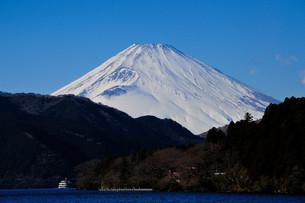 富士山〜芦ノ湖より〜の素材 [FYI00193535]