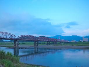赤鉄橋-高知の写真素材 [FYI00194447]