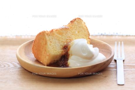 檸檬シフォンケーキの写真素材 [FYI00194957]