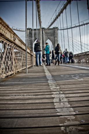 ブルックリン橋にての写真素材 [FYI00195455]