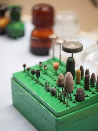 歯科医の道具の写真素材 [FYI00196936]