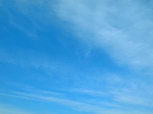 青空と薄い雲の写真素材 [FYI00198896]