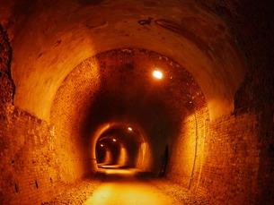 過去へのトンネルの写真素材 [FYI00199752]