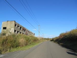松尾鉱山跡の道の写真素材 [FYI00200906]