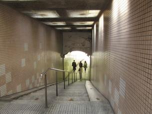 地下道の写真素材 [FYI00201135]