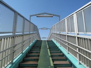 歩道橋の写真素材 [FYI00201391]