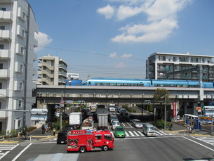 環八通りと小田急線の写真素材 [FYI00201596]