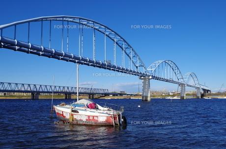 橋と小舟の素材 [FYI00202000]