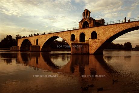 プロバンスの橋の写真素材 [FYI00202009]