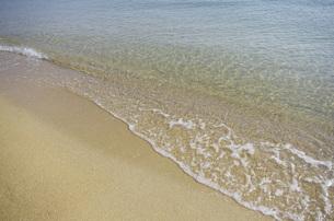 静かな波の写真素材 [FYI00202226]