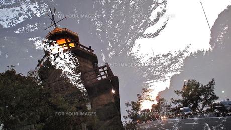 九段下の塔の写真素材 [FYI00202345]