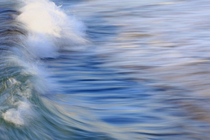 波の彩の写真素材 [FYI00203039]