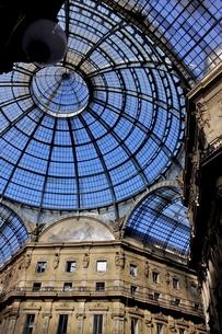 ヴィットーリオ・エマヌエーレ2世のガッレリアの天井の写真素材 [FYI00203760]