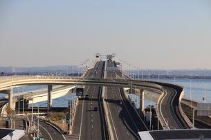海ほたるからの高速道路の写真素材 [FYI00203791]