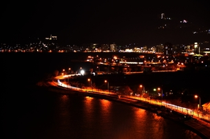 諏訪湖の夜景の写真素材 [FYI00203849]