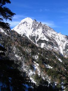冬の赤岳の写真素材 [FYI00203899]