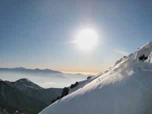 厳冬期の稜線の写真素材 [FYI00203935]