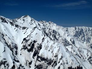 残雪の白馬三山の写真素材 [FYI00203938]