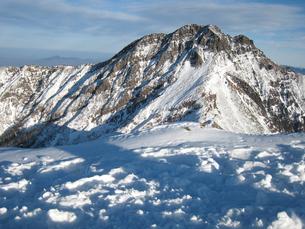 阿弥陀岳山頂から見る八ヶ岳連符核心部の写真素材 [FYI00203943]