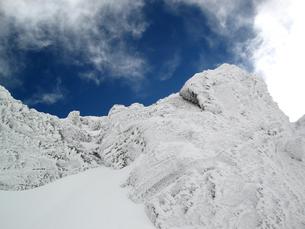 氷雪をまとう八ヶ岳の写真素材 [FYI00203963]