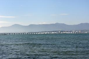 琵琶湖大橋遠望の素材 [FYI00204208]
