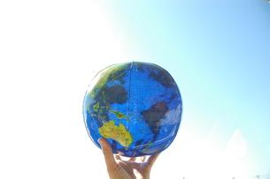 ビーチボールの地球の写真素材 [FYI00204693]