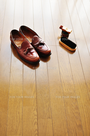 靴磨きの写真素材 [FYI00206186]