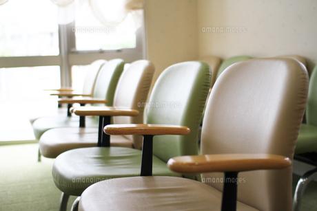 待合室の椅子の写真素材 [FYI00206211]