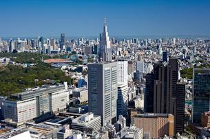 新宿の街並みの写真素材 [FYI00206260]