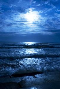 蒼い海の写真素材 [FYI00206903]