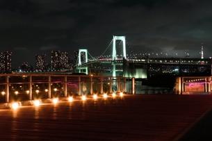 レインボーブリッジと東京タワーの写真素材 [FYI00207832]