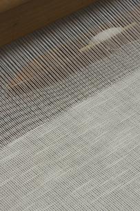 機織り作業の本織りの写真素材 [FYI00208944]