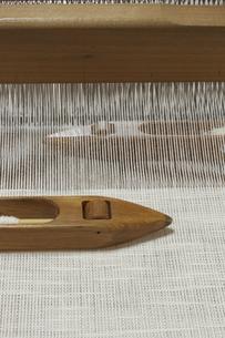 機織り作業の写真素材 [FYI00208946]