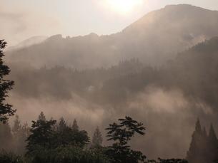 山村の朝の写真素材 [FYI00210507]
