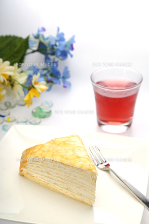 ケーキテーブルイメージの写真素材 [FYI00212267]