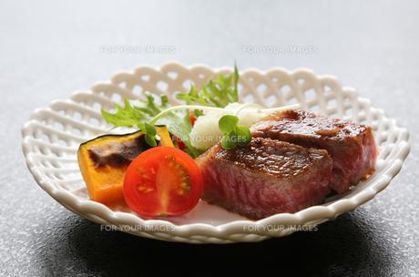 おいしいビーフステーキの写真素材 [FYI00212326]