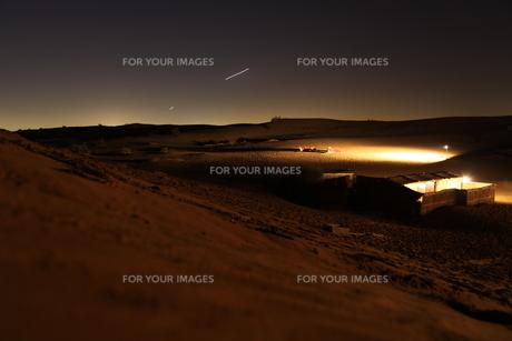 ドバイ デザートサファリの日暮れの写真素材 [FYI00212776]