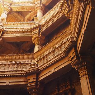 アダ−ラジ階段井戸の写真素材 [FYI00212940]